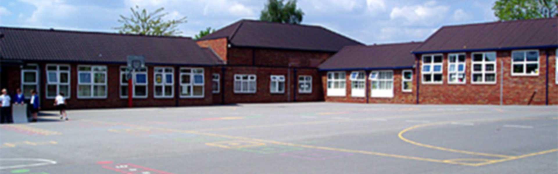 lightoaksjuniorschool.co.uk